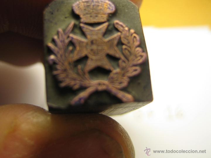 Antigüedades: IMPRENTA GRABADO GALVANO BRONCE-PLOMO - MOTIVO ESCUDO - TAMAÑO 16X14 MM - REF. BP 16 - Foto 2 - 47142790