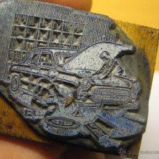 Antigüedades: IMPRENTA, GRABADO DE METAL MONTADO EN MADERA PARA PODER IMPRIMIR -REF. G-126 MEDIDAS EN FOTO. Lote 47345315