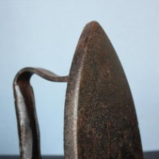 Antigüedades: PLANCHA DE HIERRO. Lote 47349668