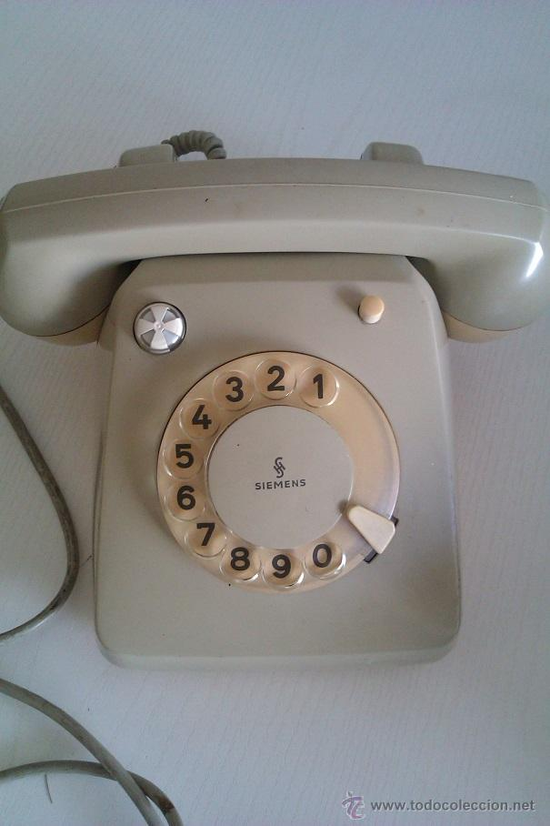 ANTIGUO TELEFONO ALEMAN SIEMENS FG 54/5143B ALEMANIA BOCHOLT PRINCIPIOS DE LOS AÑOS 60 (Antigüedades - Técnicas - Teléfonos Antiguos)