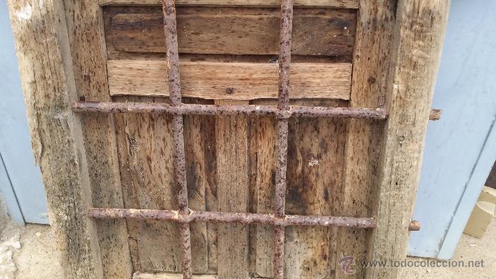Antigua ventana de madera con rejas de forja comprar - Rejas de forja antiguas ...