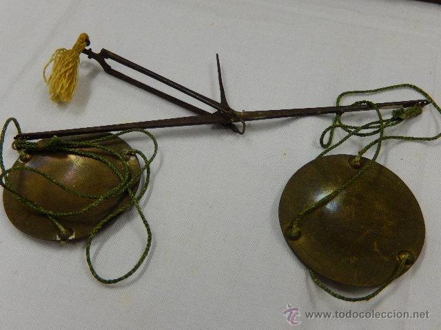 Antigüedades: Balanza pesa monedas. Siglos XVII / XVIII. - Foto 4 - 47494966