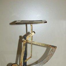 Antigüedades: ANTIGUA BASCULA - BALANZA PARA PESAR CARTAS - MARCA D.R.G.M - CORREO - PRINCIPIOS S. XX. Lote 47550121