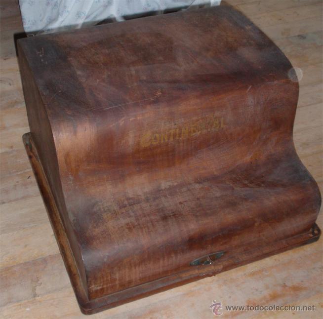 CAJA DE MAQUINA DE ESCRIBIR CONTINENTAL. MEDIDA 46 X 47 X29 CM (Antigüedades - Técnicas - Máquinas de Escribir Antiguas - Continental)