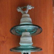 Antigüedades: CURIOSA Y EXCLUSIVA PIEZA: ENORME ANTIGUO AISLANTE CABLES ELECTRICOS – JICARA – ELECTICIDAD - 42 CM. Lote 47839746