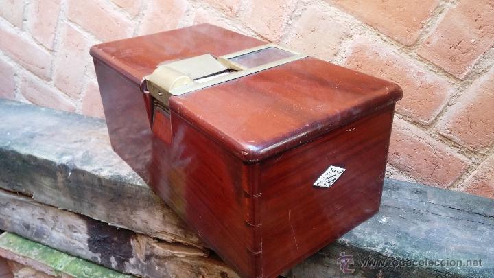 Antigüedades: Registradora de madera y bronce - Foto 6 - 47917186