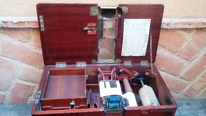 Antigüedades: Registradora de madera y bronce - Foto 13 - 47917186