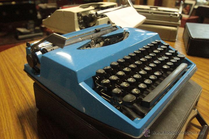 Antigüedades: Maquina de escribir ROYAL - SAHARA - Foto 2 - 47964770