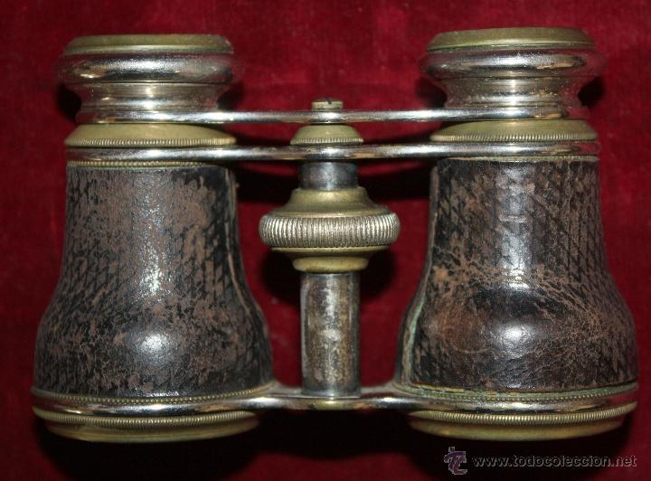 Antigüedades: BINOCULARES DE TEATRO DE FINALES DEL SIGLO XIX EN BRONCE Y PIEL DE COCODRILO CON SU ESTUCHE ORIGINAL - Foto 2 - 47972034