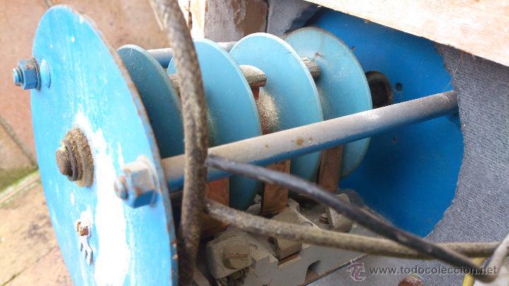 Antigüedades: antiguo cuadro electrico para enchufes simon - manivela - Foto 6 - 48001512