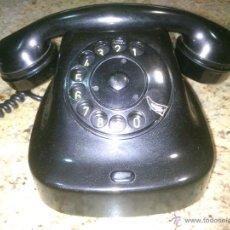 Teléfonos: TELÉFONO ANTIGUO DE BAQUELITA 1969.. Lote 48061177