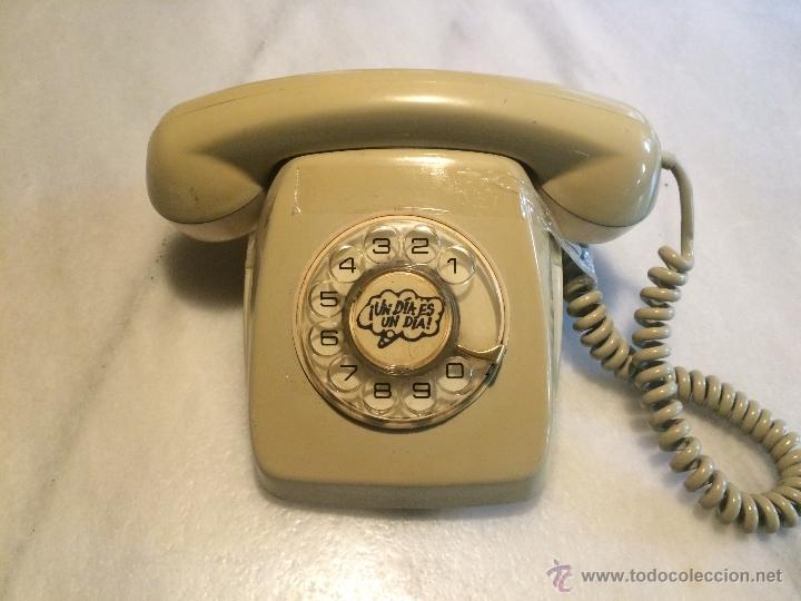 ANTIGUO TELEFONO DE RUEDA AÑOS 50-60 (Antigüedades - Técnicas - Teléfonos Antiguos)