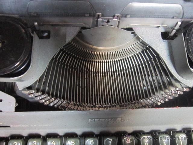 Antigüedades: Maquina de escribir Hermes 2000 en su caja. - Foto 4 - 27373142