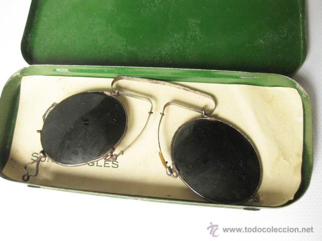 Antigüedades: GAFAS ANTIGUAS DE SOL PARA NARIZ EN SU CAJA DE LATA SUNGOGGLES. MADE IN FRANCE - Foto 5 - 100490610