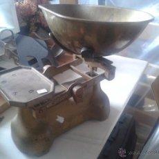Antigüedades: ANTIGUA BASCULA FUNCIONANDO. Lote 48216888