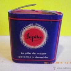 Antigüedades: ANTIGUA PILA DE PETACA JÚPITER Nº4 ORIGINAL DE 4,5 VOLTIOS .PVP ORIGINAL 12 PTAS. JUPITER BATTERY. Lote 48222163