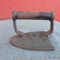 Antigüedades: PLANCHA DE HIERRO. 4 - S.. Lote 202523727