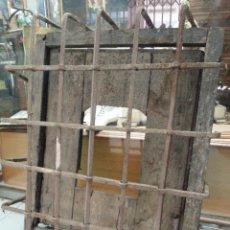 Antigüedades: VENTANA DE MADERA Y HIERRO- SIGLO XVII-XVIII. Lote 48470993