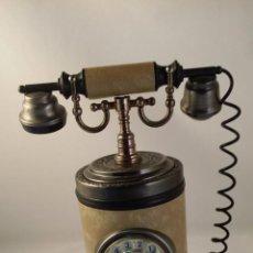 Teléfonos: CAJA PITILLERA DE SOBREMESA CON FORMA DE TELÉFONO Y CAJA MUSICAL.. Lote 48473072