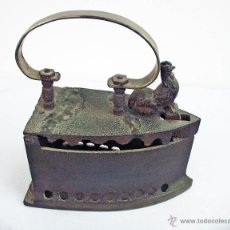 Antigüedades: PLANCHA DE HIERRO FUNDIDO DEL GALLO. Lote 48486160