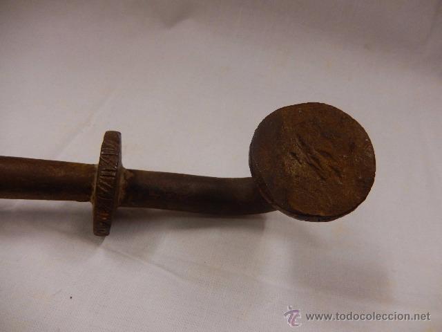 Antigüedades: Aldaba o llamador, de hierro. Siglo XVII. - Foto 8 - 48526395