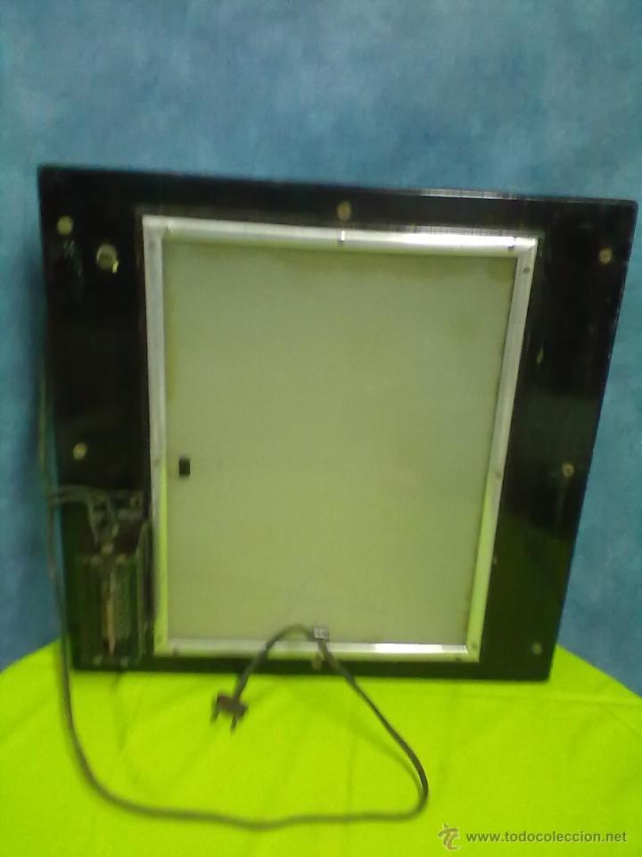 Antigüedades: DOS ANTIGUOS VISORES PARA RADIOGRAFIAS PLACAS DE RAYOS X. - Foto 2 - 48648437