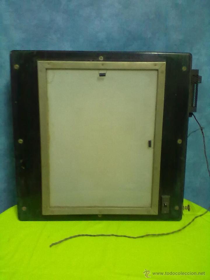 Antigüedades: DOS ANTIGUOS VISORES PARA RADIOGRAFIAS PLACAS DE RAYOS X. - Foto 5 - 48648437