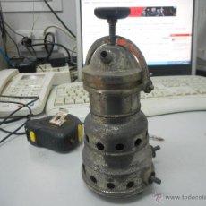 Antigüedades: ANTIGUA CAFETERA ELECTRICA GURUCETA. Lote 48681875