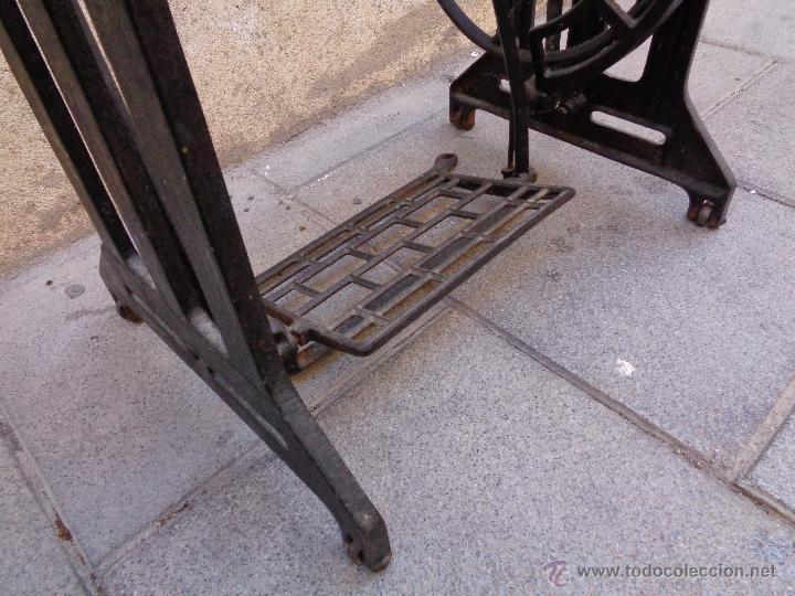 Antigüedades: PIE MAQUINA DE COSER ALFA ( 80 AÑOS) - Foto 3 - 48740213