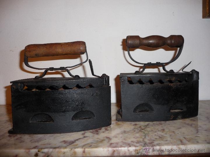 PAREJA DE PLANCHAS ANTIGUAS. (Antigüedades - Técnicas - Planchas Antiguas - Varios)