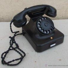 Teléfonos: TELÉFONO ANTIGUO SIEMENS W48 DE BAQUELITA LOS AÑOS 50 ,CABLE TRENZADO , FUNCIONA ,,TEL365. Lote 49146709