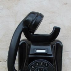 Teléfonos: TELEFONO DE PARED Y SOBREMESA EN BAQUELITA ANTIGUO, FUNCIONANDO CORRECTAMENTE, SIEMENS W49 ,,,TEL365. Lote 49146746