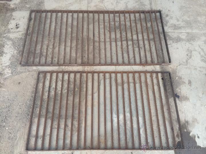 Antiguas rejas de ventanas de hierro soldado de comprar objetos cerrajer a y forja antigua en - Rejas de forja antiguas ...