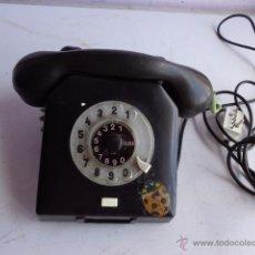 Teléfonos: ANTIGUO, RARO Y BONITO TELEFONO BAQUELITA, TOTALMENTE COMPLETO Y EN BUEN ESTADO. Lote 49242663