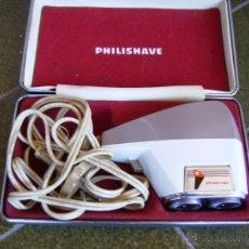 Antigüedades: **ANTIGUA MAQUINILLA DE AFEITAR ELECTRICA, ---PHILISHAVE--SE ENCIENDE!!!**. Lote 49265787