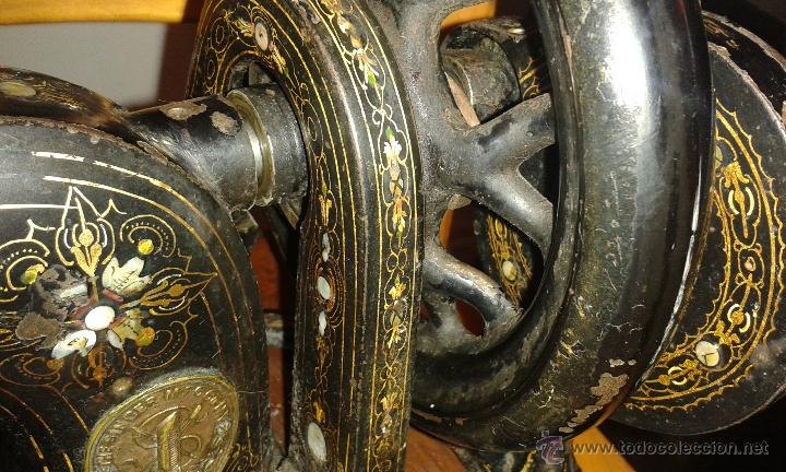 Antigüedades: Maquina coser SINGER DE VIOLIN CON INCRUSTACIONES DE NACAR - Foto 4 - 71738971