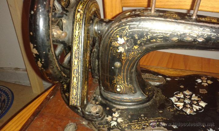 Antigüedades: Maquina coser SINGER DE VIOLIN CON INCRUSTACIONES DE NACAR - Foto 9 - 71738971