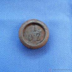 Antigüedades: MEDIDA DE PESO, PONDERAL, UNA ONZA INGLESA DE BRONCE, PESA REDONDA 1 ONZA.. Lote 49599310