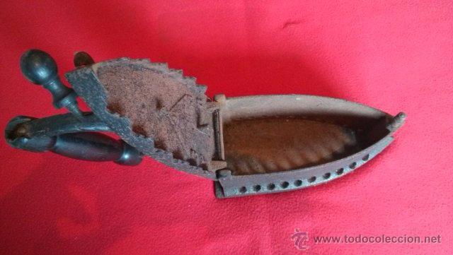 Antigüedades: ANTIGUA PLANCHA DE CARBON - Foto 2 - 49702469