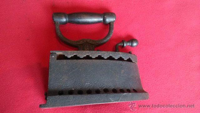 Antigüedades: ANTIGUA PLANCHA DE CARBON - Foto 4 - 49702469