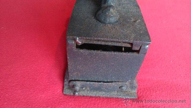 Antigüedades: ANTIGUA PLANCHA DE CARBON - Foto 5 - 49702469