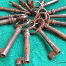 Antigüedades: 15 ANTIGUAS LLAVES DE MOBILIARIO,12 DE OJO,ENTRE 8 Y 5,5 CMS. . Lote 49859735