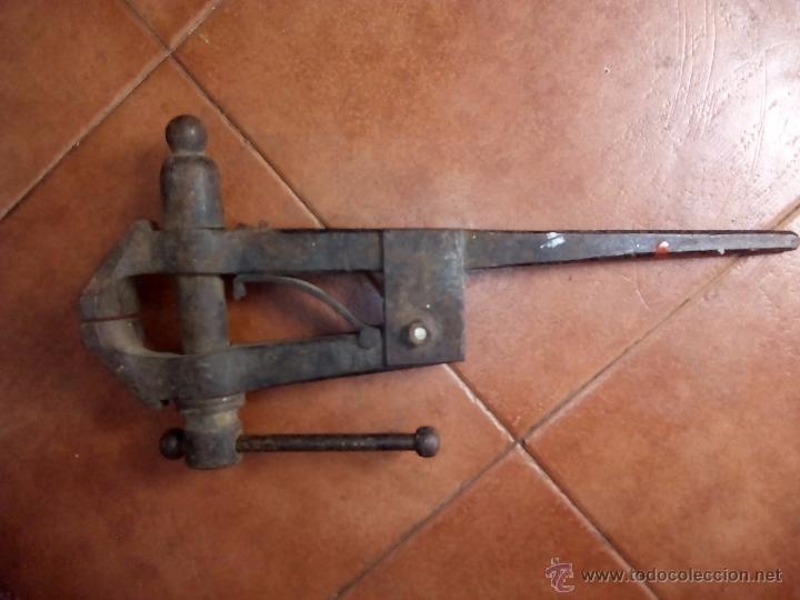 Antigüedades: Tornillo de banco de trabajo - Foto 2 - 49896480
