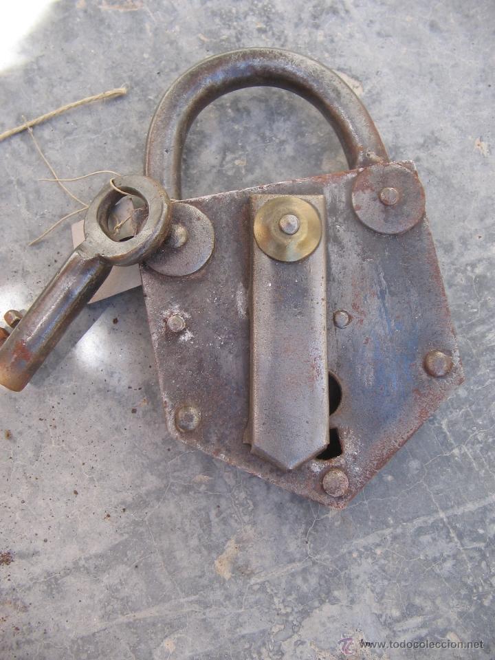 CANDADO (Antigüedades - Técnicas - Cerrajería y Forja - Candados Antiguos)