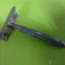 Antigüedades: MAQUINILLA DE AFEITAR. Lote 49913742