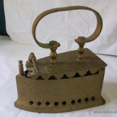 Antigüedades: PLANCHA ANTIGUA DE HIERRO-PARA CARBON.. Lote 49933448