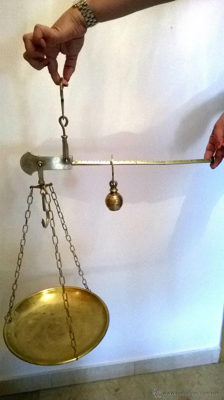 MAGNIFICA Y ANTIGUA ROMANA BRONCE , LATON , BALANZA ,BASCULA 143,00 € (Antigüedades - Técnicas - Medidas de Peso - Balanzas Antiguas)
