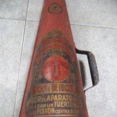 Antigüedades: EXTINTORES ANTIGUOS,EXTINTOR,PAREJA,MINIMAX,MUY ANTIGUOS,BUEN ESTADO,RAROS,BARCELONA. Lote 135825007