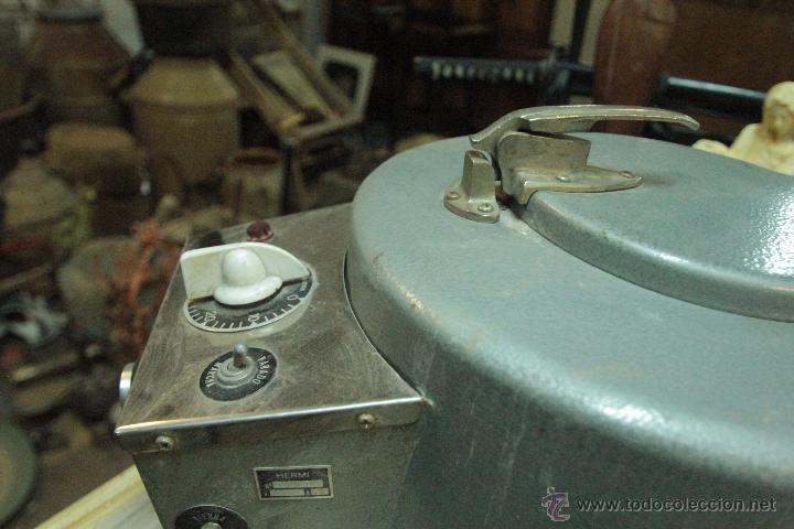 Antigüedades: Antigua centrifugadora química, procedente de laboratorio. Funcionando correctamente - Foto 2 - 50165094