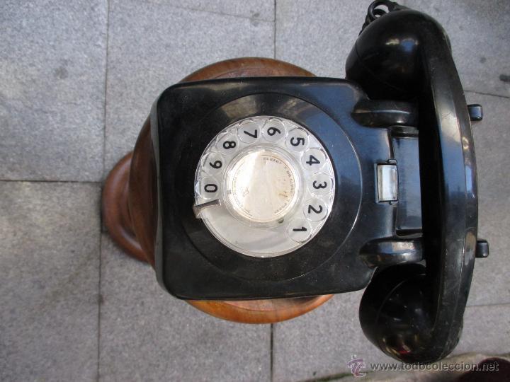 ANTIGUO TELEFONO DE DISCO NEGRO APROX 1960 FUNCIONANDO - RESINA VINILO, DOS CAMPANILLAS + INFO (Antigüedades - Técnicas - Teléfonos Antiguos)